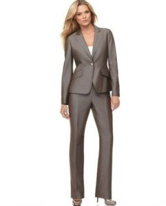 women-neat-suit